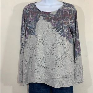 NEW One World Ribbed Knit Long Sleeve Screen Printed /& Embellished Top